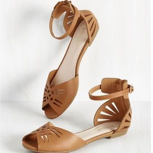 ModCloth Flat Strappy Cutout Brown Sandals in 7.5